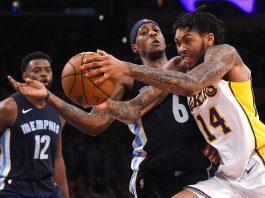 Aksi pemain LA Lakers